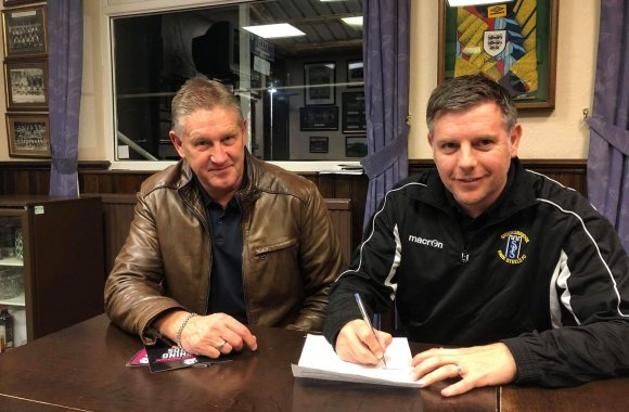 Sports Academy teams up with Stocksbridge Park Steels FC